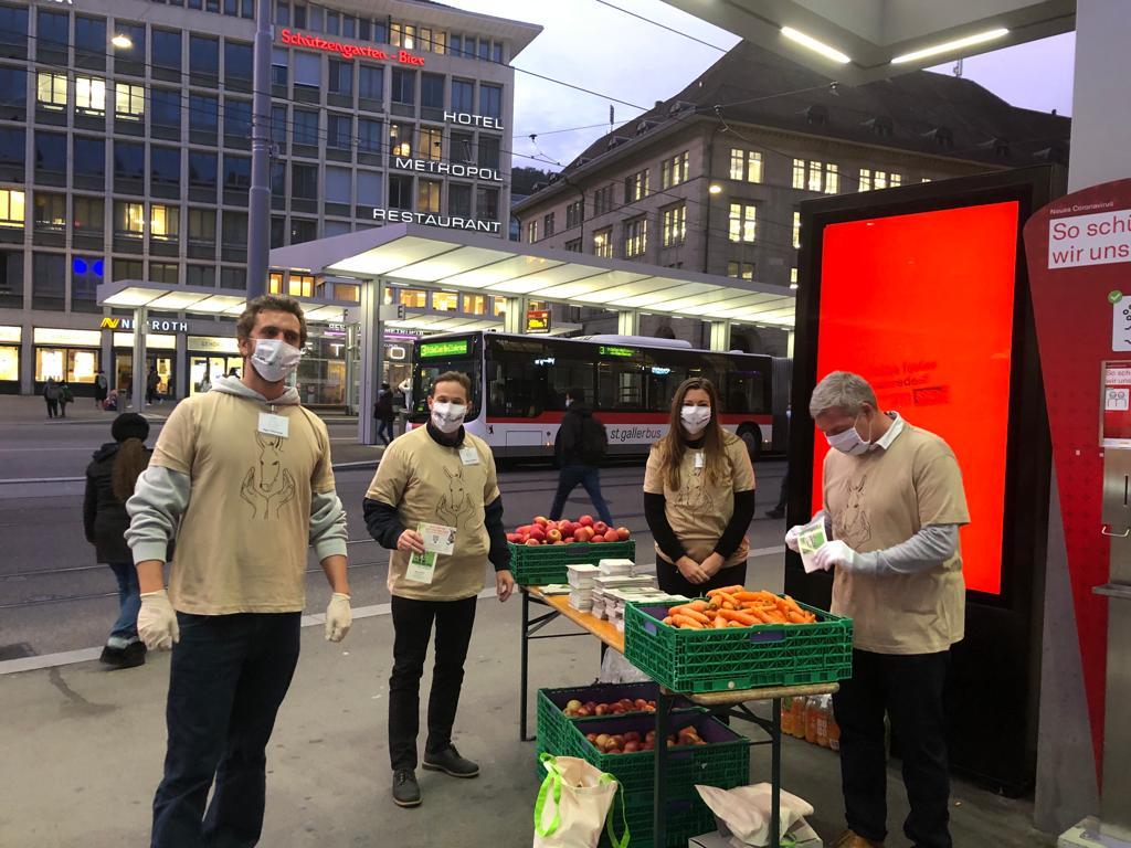 Infotag für die Esel am Bahnhof St-Gallen